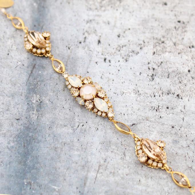 9c3ca4025 Jennifer's Bridal - Accessories